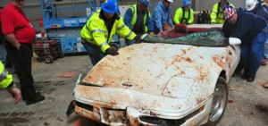 Millionth-Corvette-Rescued-from-Corvette-Museum-sinkhole-1-720x340
