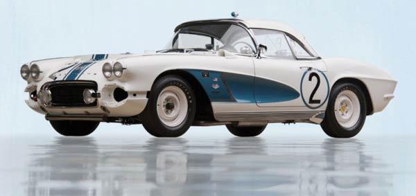 1962-C2-Chevrolet-Corvette-Gulf-Oil-Race-Car-720x340