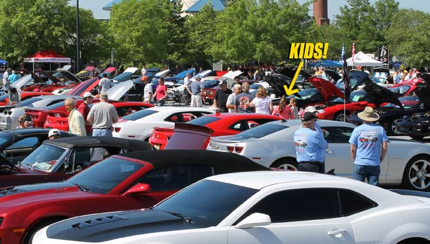 Kids-at-car-show