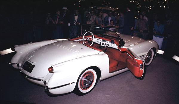 1953-Corvette-GM-Motorama