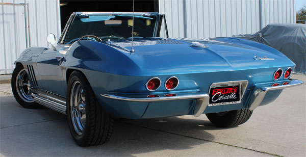 1965-Corvette-rear-view