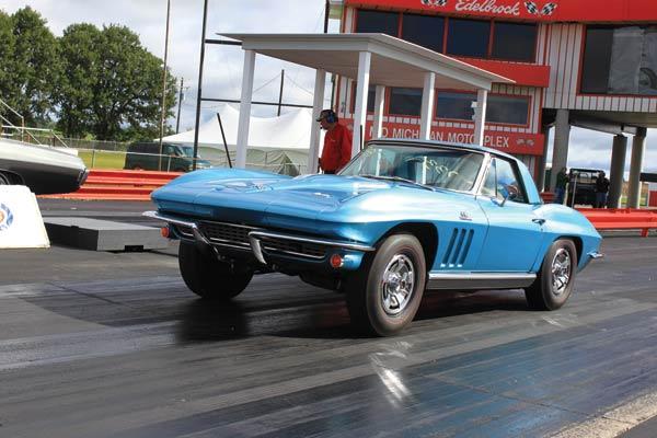 4-1966 Corvette